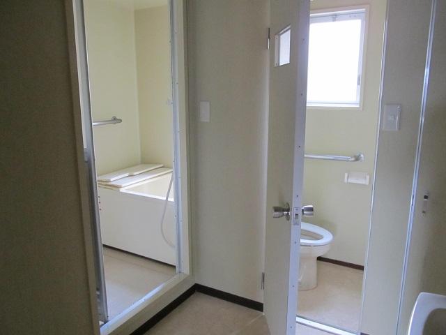 4(浴室&トイレ・横)_IMG_4728.JPG