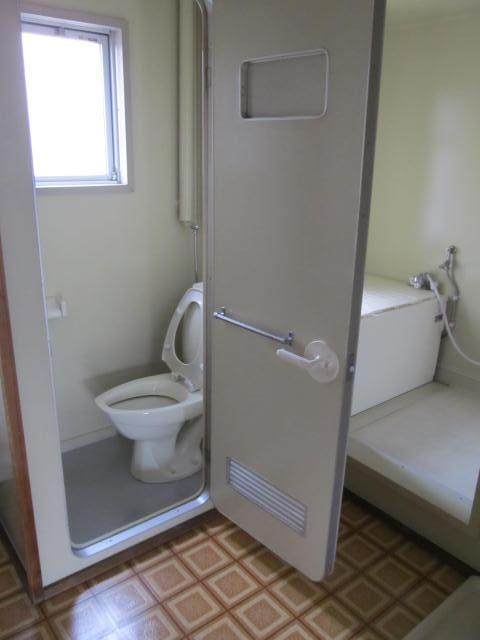 6(浴室&トイレ・縦)_IMG_4624.JPG