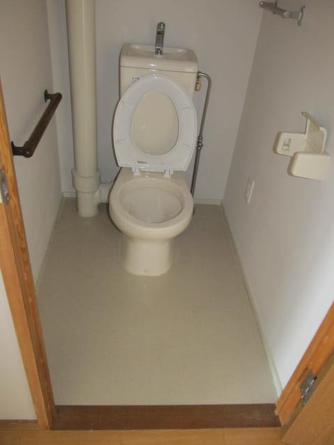 9トイレ.JPG